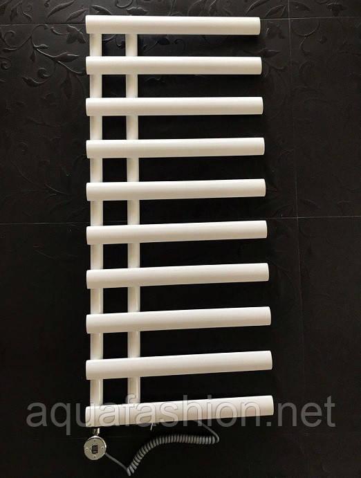 полотенцесушитель електричний білого кольору