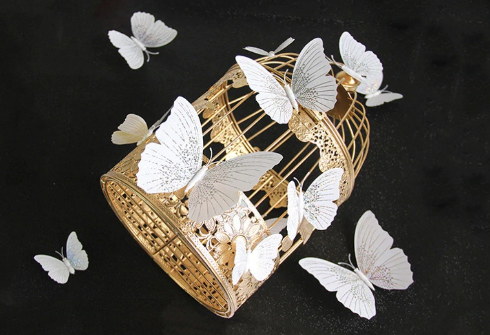 Бабочки 3D белые Блеск на магните 12 шт. в комплекте, белые