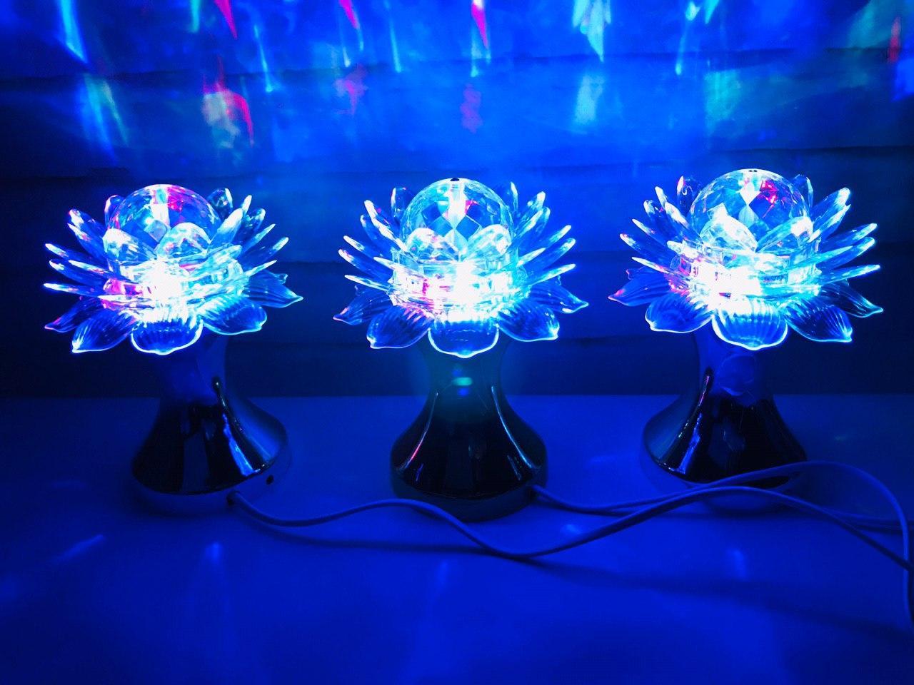 Яскрава, Обертається диско лампа Led full color rotating lamp світлодіодна Лілія DISCO CB 0319. Краща Ціна!