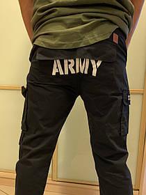 Чёрные штаны карго с боковыми карманами на манжетах Army