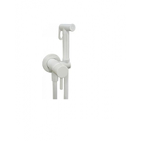Белый смеситель с гигиеническим душем Fiore 30BB8590
