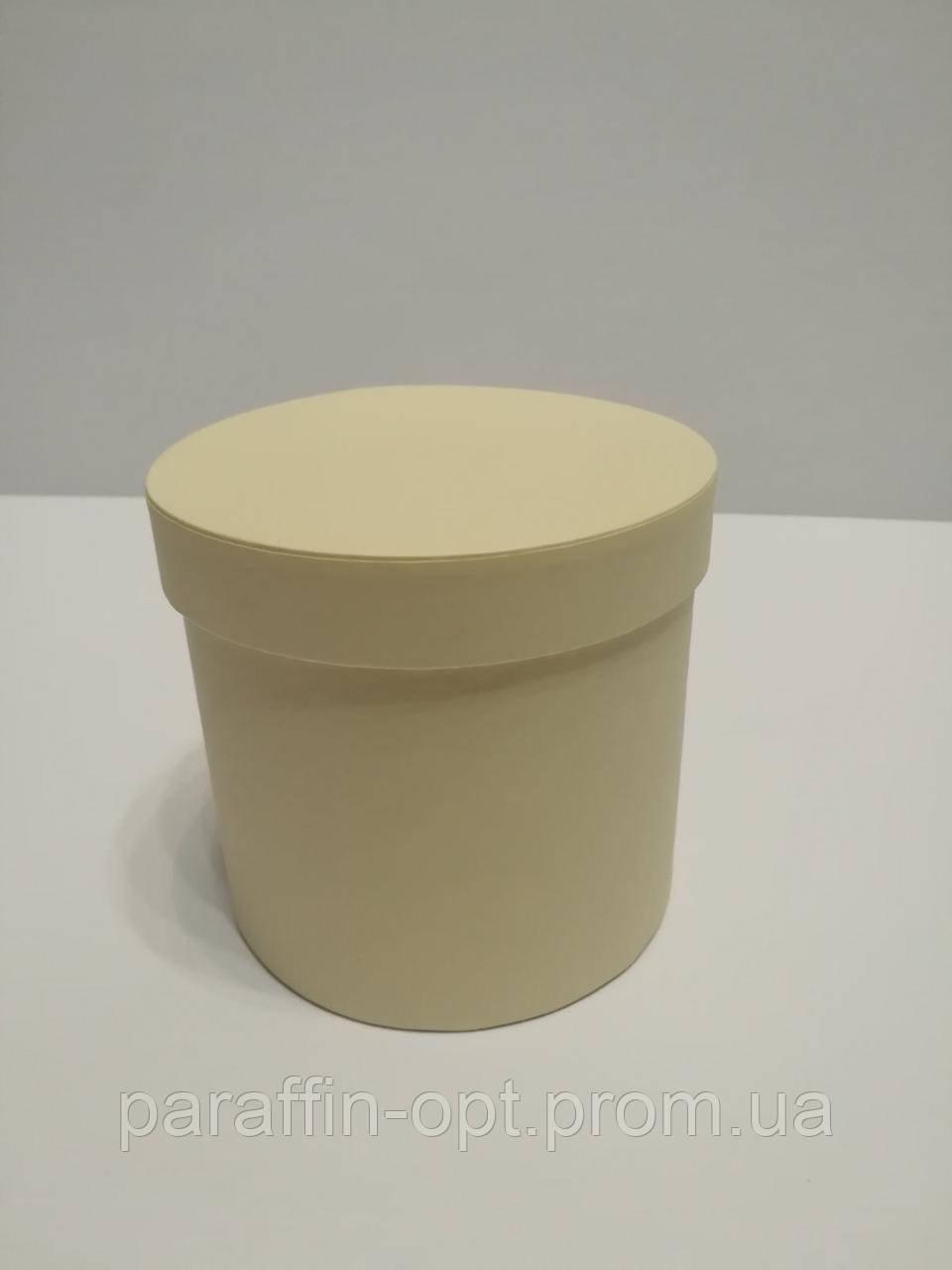 Подарочная коробка в форме шляпы цвет-бледно желтая