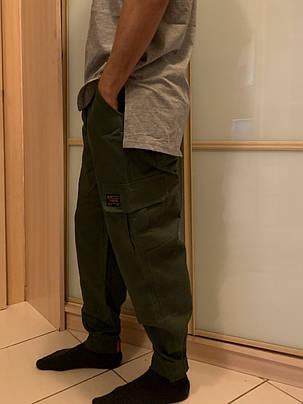 Штаны карго олива с боковыми карманами хаки, фото 2