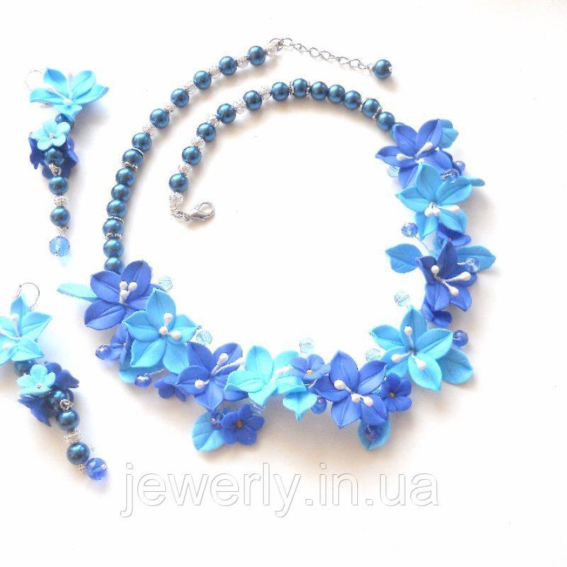 Колье и серьги с синими лилиями