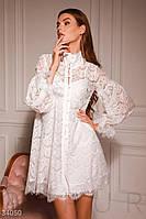 Нежное кружевное платье-мини свободного кроя