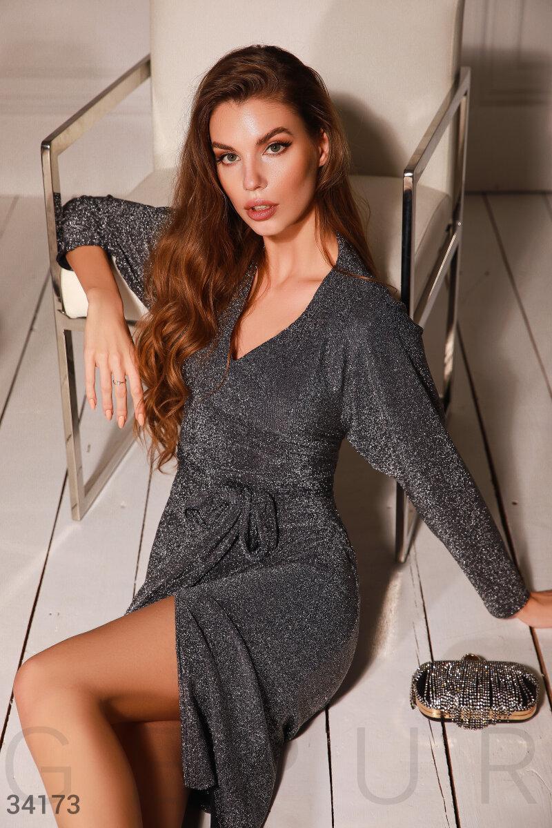 Вечернее блестящее платье-миди серое