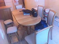 Дубовый стол со стульями