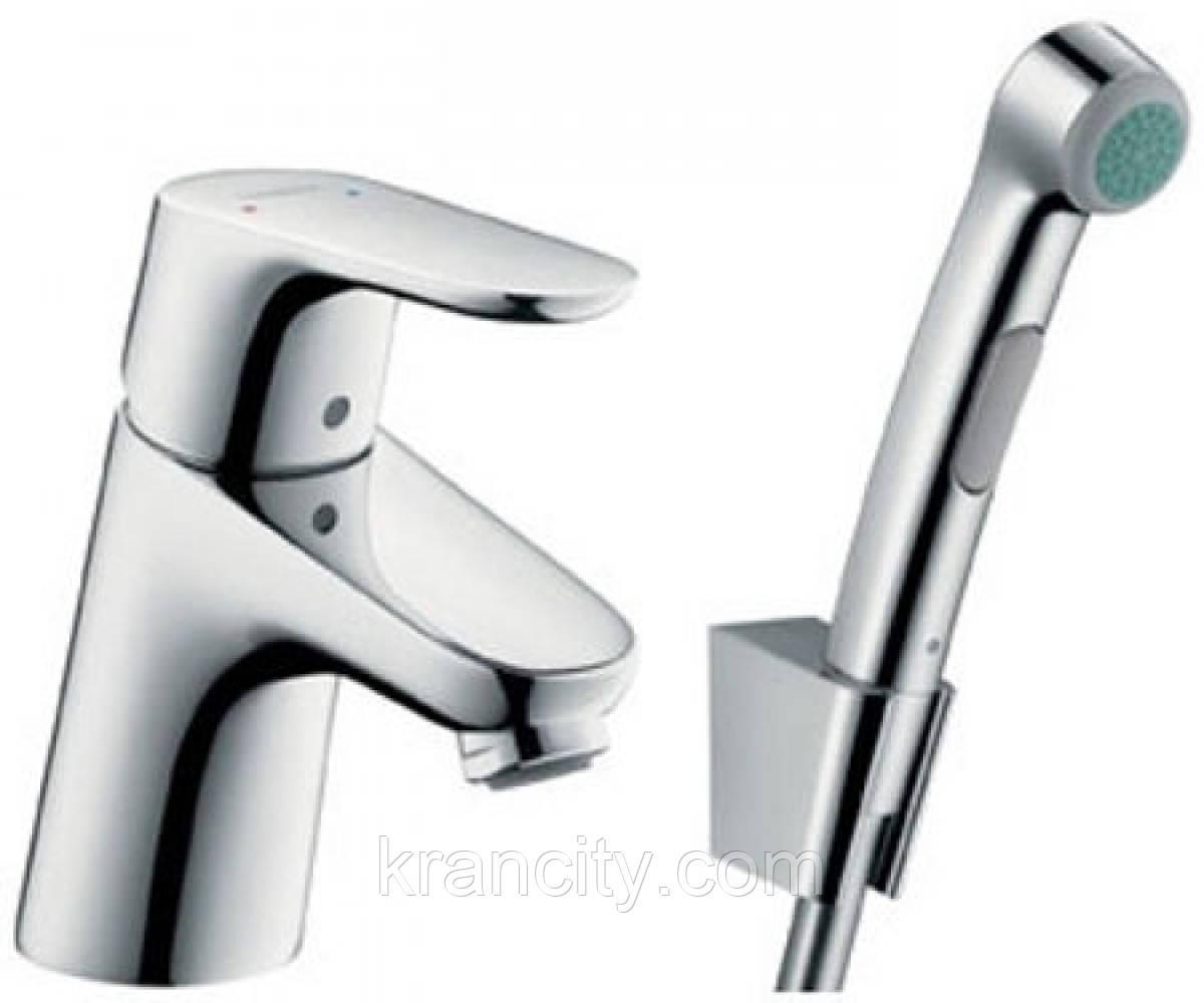 Смеситель однорычажный с гигиеническим душем HANSGROHE FOCUS E2 31926000