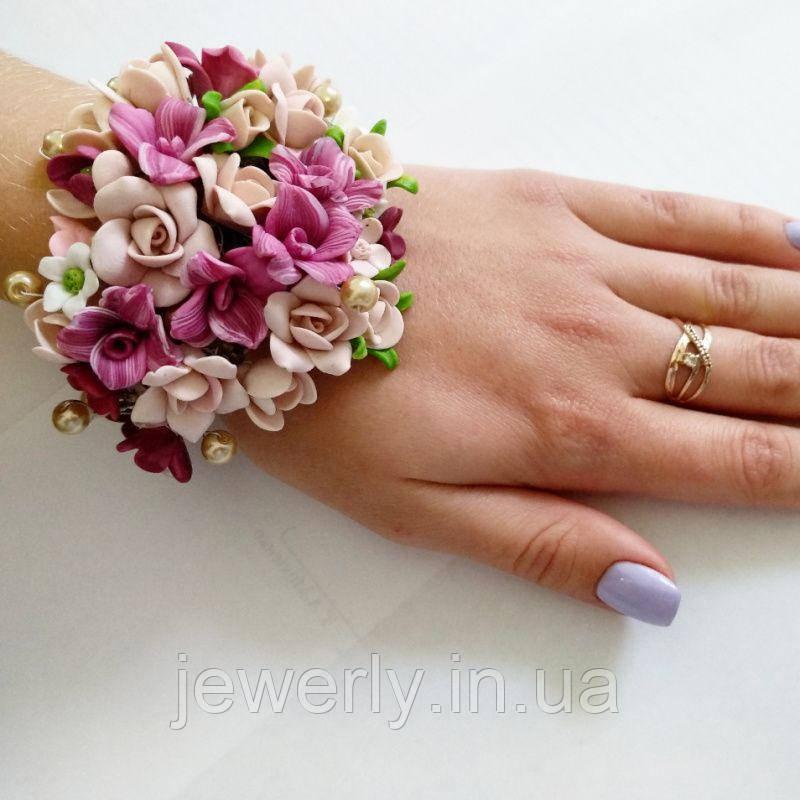 Широкий браслет с цветами из полимерной глины