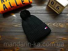 Шапка  мужская брендовая черная   на флисе (реплика)