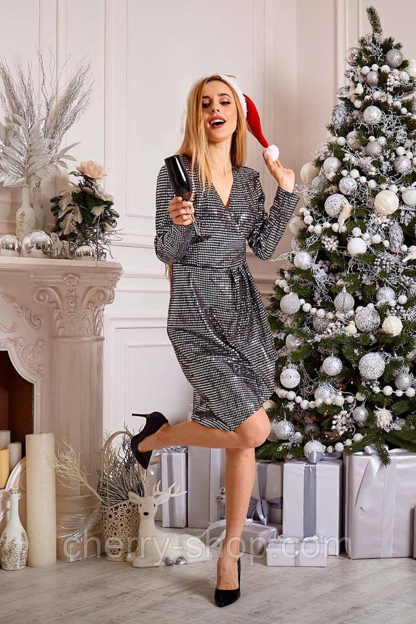 Новогоднее  стильное платье с пайетками