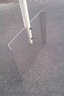 Лопата для снігу алюмінієва пряма з підігнутими боками 460х375х2 мм з дерев'яною ручкою 1,2 м.