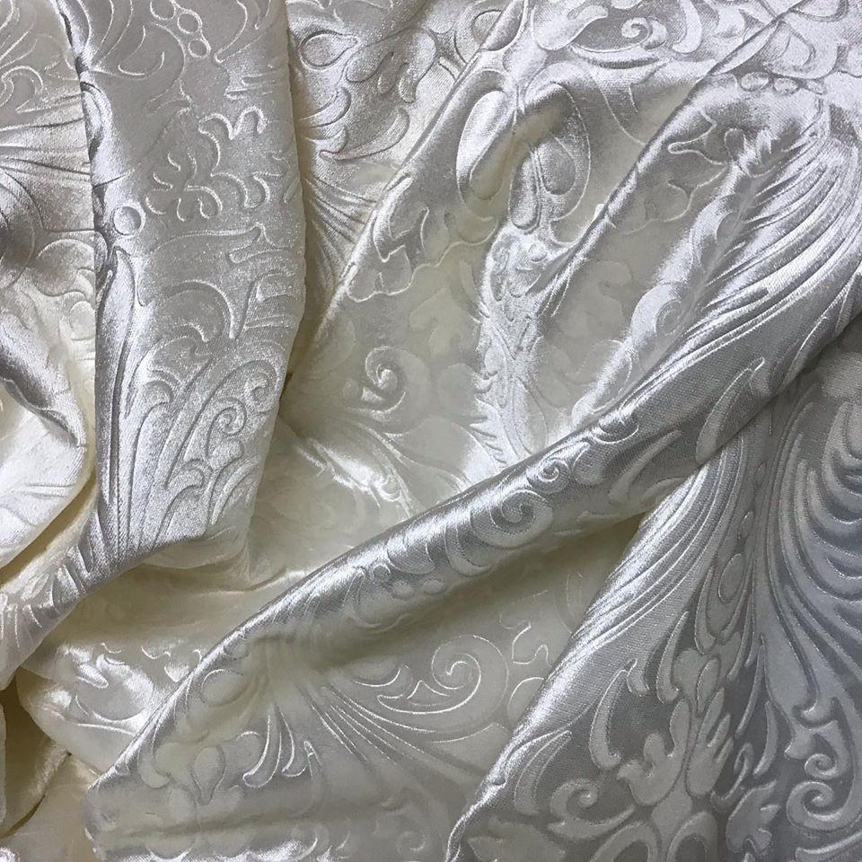 Ткань для штор бархат с тиснением белый цвет