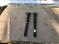 Задние амартизаторы  Volkswagen Passat B7