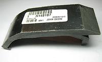 Пластина H148187 уголок трения цепей John Deere