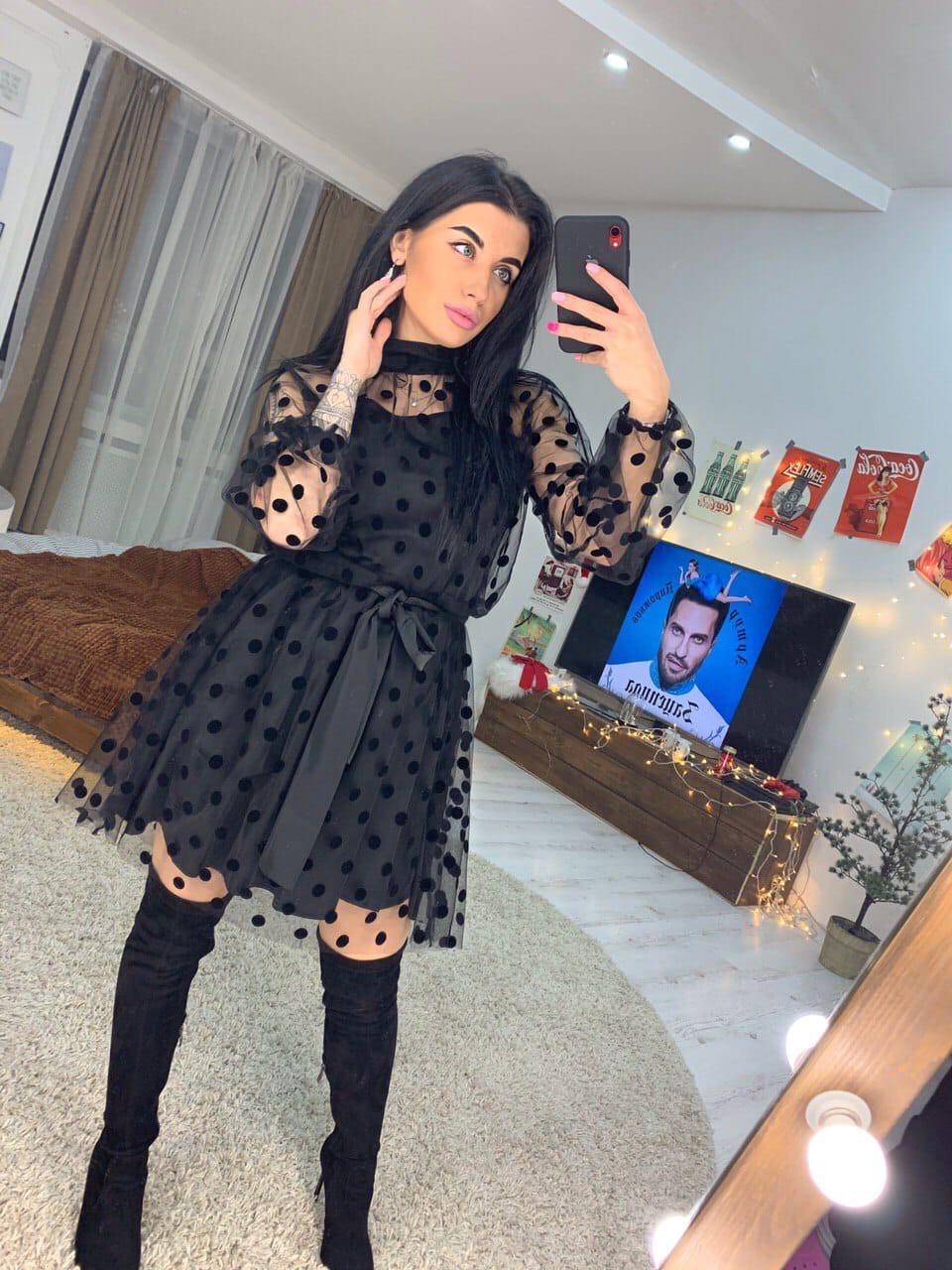 Красивое платье в горошек с пышной юбкой tez1603532