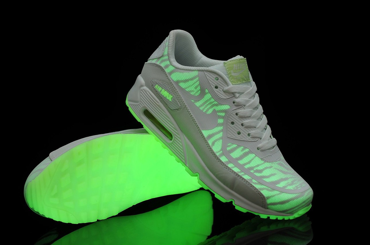 new arrival 985c5 ccf5a Женские кроссовки Nike Air Max 90 Glow In The Dark белые