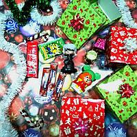 Новогодний подарок Sundy Box X сладкий с игрушкой Герои в масках