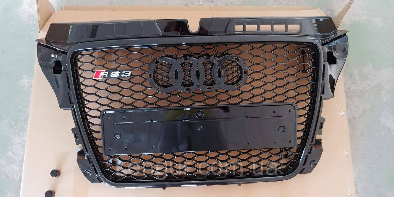 Решетка радиатора Audi A3 2008-2011
