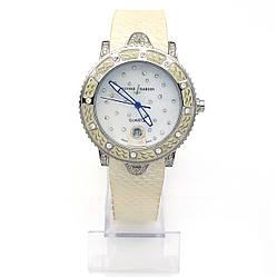 Часы под серебро, на силиконовом ремешке, р.в диам.6см , циферблат 40 мм