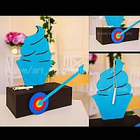 Декоративный кекс на полочке - меловая доска