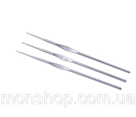 Крючок для тонкой пряжи стальной (1,1 мм)