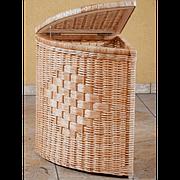 Угловая Корзина бельевая плетеная из лозы в ванную