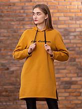 Теплое платье-толстовка с начесом  на груди надпись