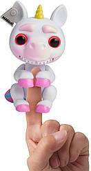Оригинал интерактивная единорог Гримлингс Джиджи WowWee Fingerlings Grimlings - Unicorn Evil Gigi