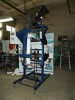 Полуавтомат Z-600 АВАНПАК с весовым дозатором для фасовки в 3-х шовные пакеты, фото 1