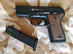Стартовый пистолет Blow TRZ 914 с дополнительным магазином