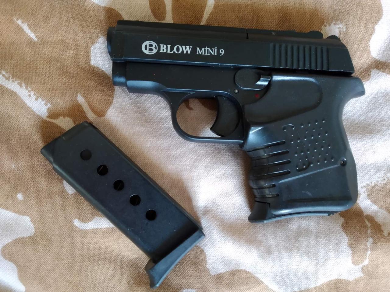 Сигнальный пистолет Blow Mini 09 с дополнительным магазином