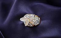 Свадебное колечко. Элегантное кольцо Мелтем c крупными камнями Бабочка.