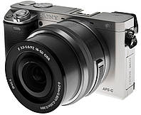 Камера SONY Alpha a6000 (ILCE6000LS.CEC) silver + объектив 16-50 мм