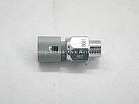Датчик давления гидроусилителя руля на Рено Кенго 1.2i/1.2i 16V/1.4i/1.6i 16V 97->RENAULT(Оригинал) 497610324R