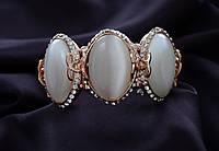 Восхитительный свадебный  браслет с камнями,на резинке.