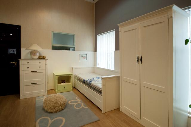 Мебельные фасады для детской в стиле Кантри