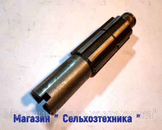 Вал редуктора КПП ЮМЗ - 6.