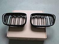 Решетка радиатора- ноздри BMW E39