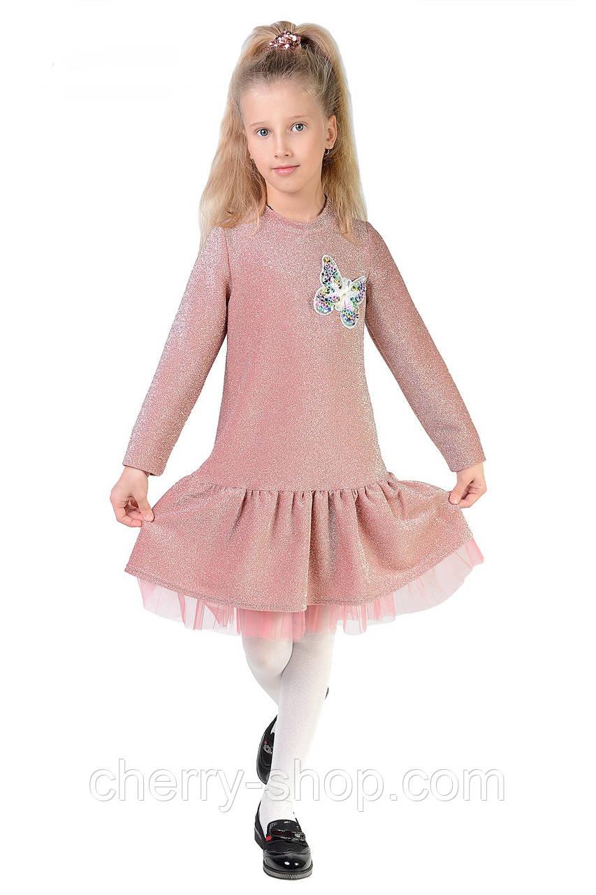 Красивое и модное платье  выполнено из  трикотажа с люрексом