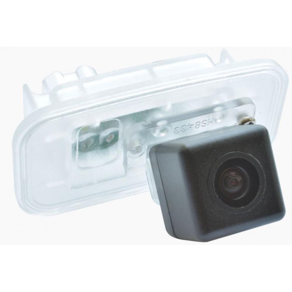 Камера заднего вида Prime-X CA-1400 Toyota Camry V70 (2018-н.в.)