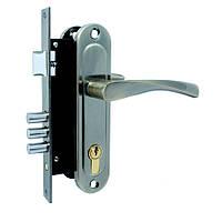 Врізний замок для дерев'яних дверей Class 1523-M60-AB, з ручкою