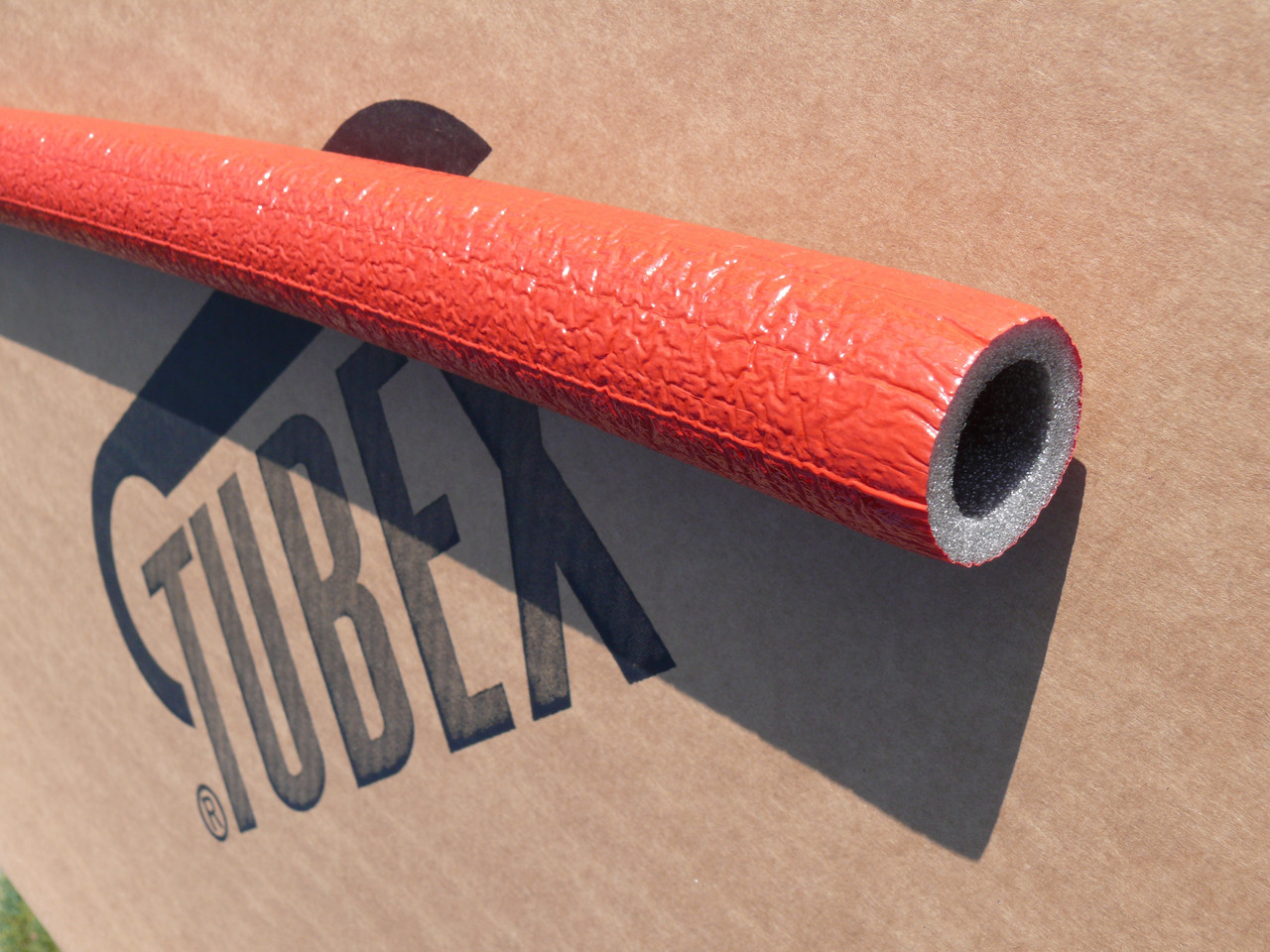 ІЗОЛЯЦІЯ ДЛЯ ТРУБ TUBEX® Protekt, внутрішній діаметр 35 мм, товщина стінки 6 мм, виробник Чехія