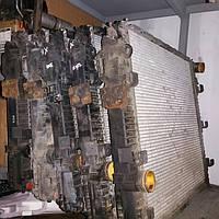 Радиаторы на запчасти Mercedes Atego б/у радиатор Мерседес Атего бачок радиатора