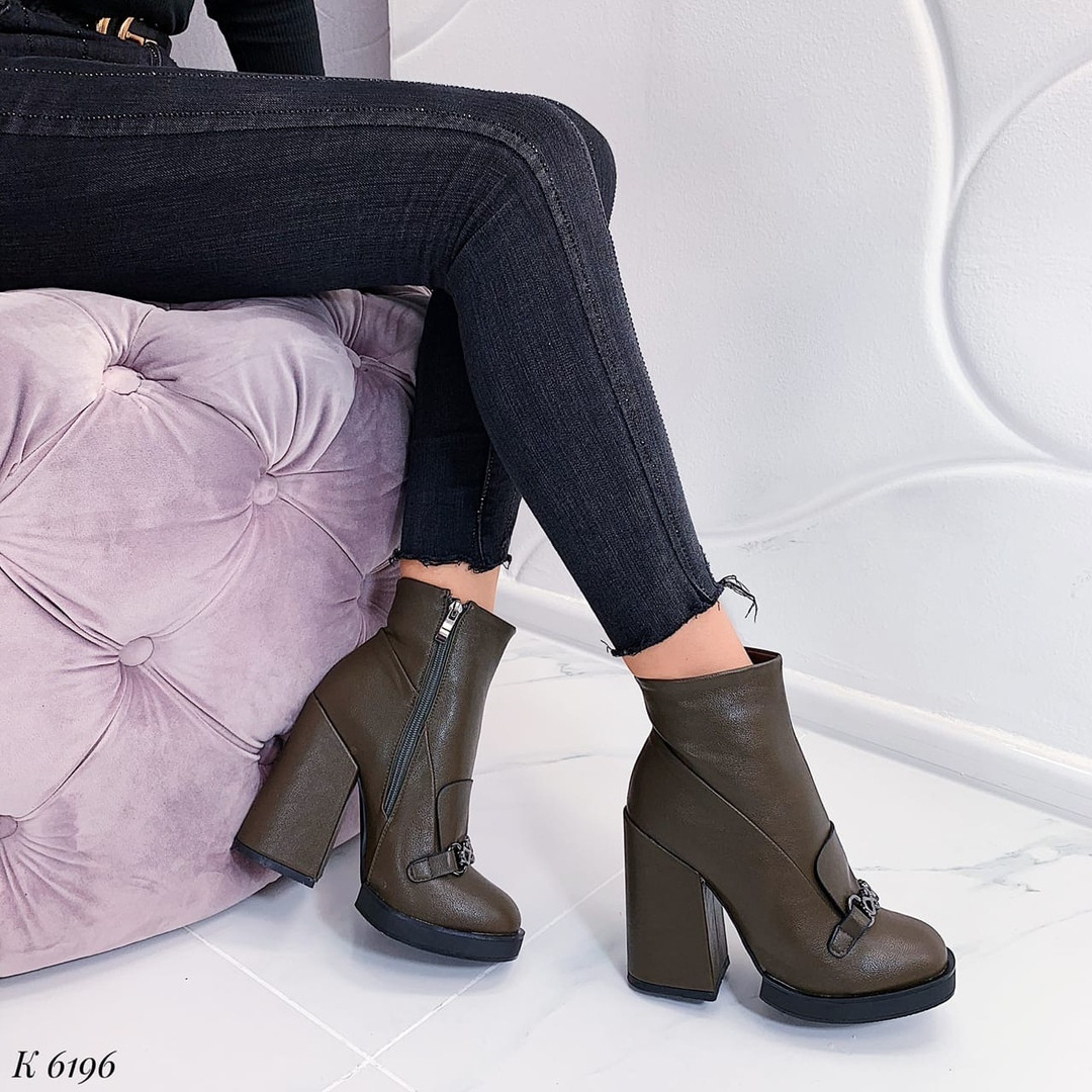 Зеленые ботинки женские