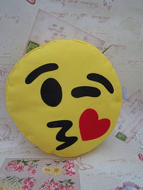 Подушка-смайлик Эмоджи #3 Влюбленный моргунчик, фото 3