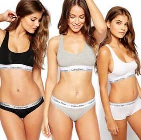 Женский комплект Calvin Klein: топ и плавки