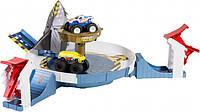 Автомобильный трек Mattel HotWheels Monster Trucks Опасное противостояние (FYK14)