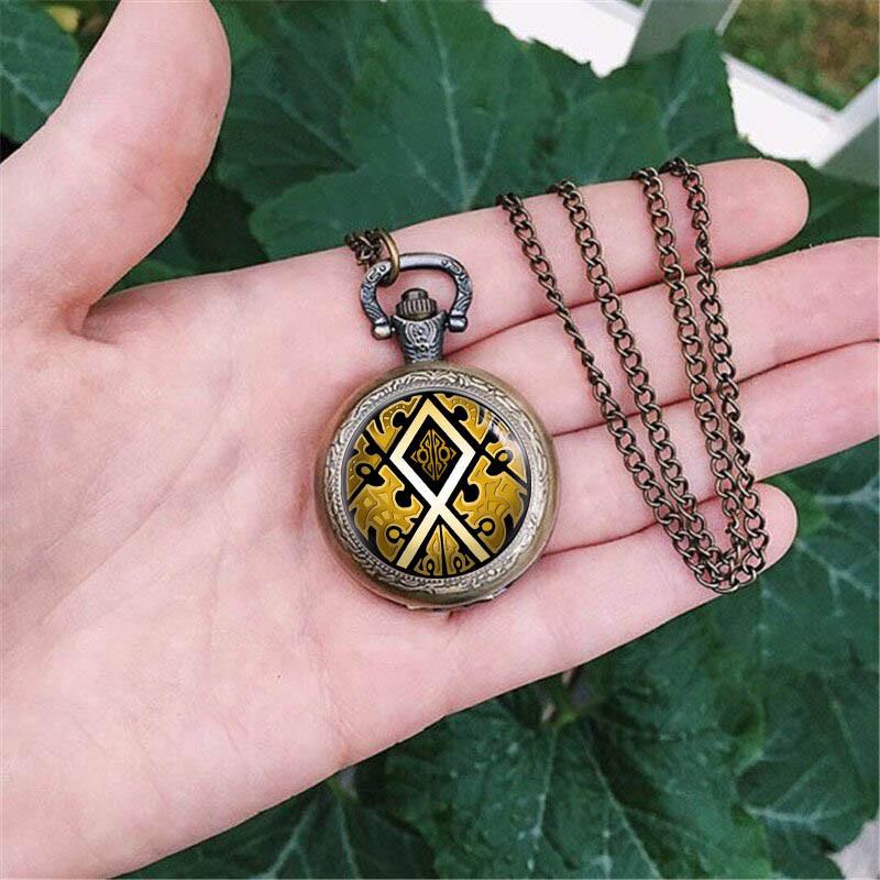 Карманные часы Руна Одал и золото