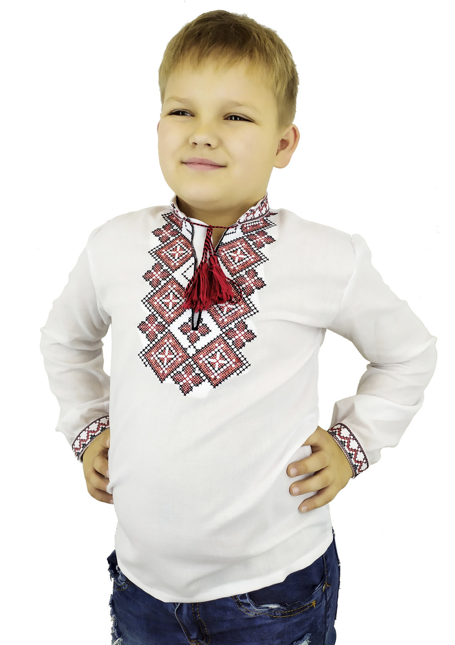 Красива дитяча вишиванка на довгий рукав із червоною вишивкою